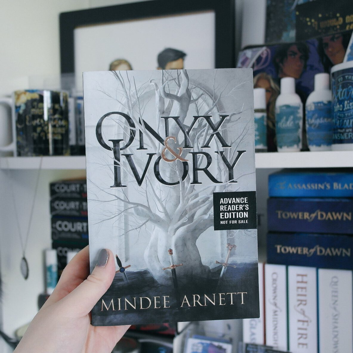 Review: Onyx and Ivory by Mindee Arnett